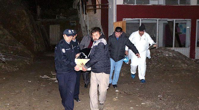 Polis 3 Suriyeliyi arıyor