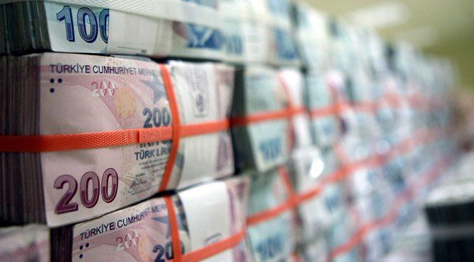 Bankaların kredi stoku artıyor