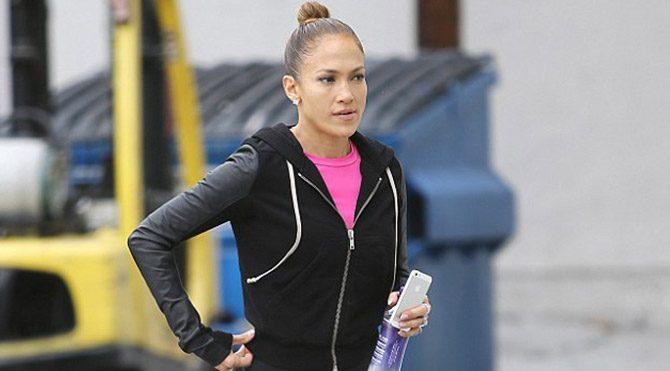 Yogacı Jennifer