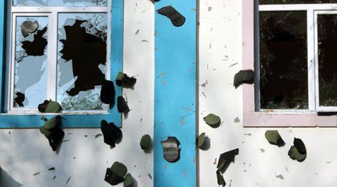 Okul binasını hırsızlar yağmaladı