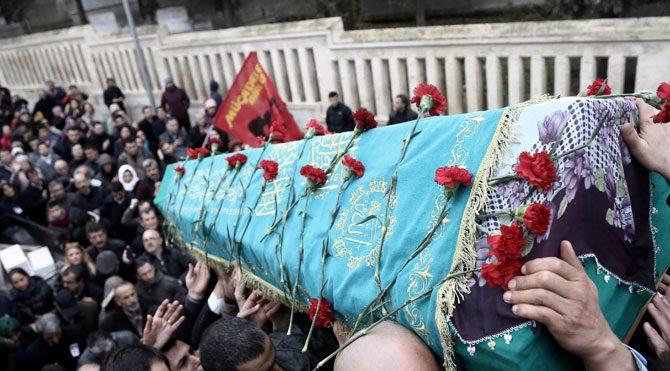 Deniz Gezmiş'in annesi sonsuzluğa uğurlandı