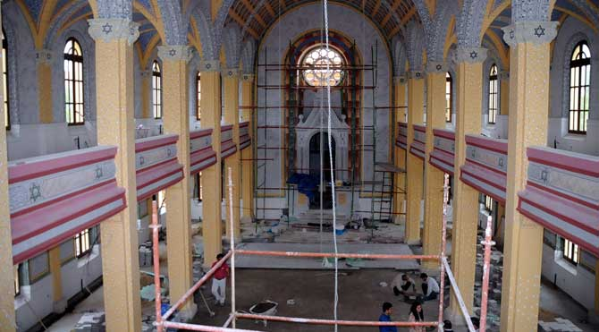 İsrail'e kızdı Sinagogu müzeye çevirdi