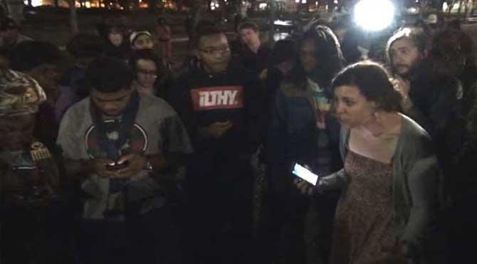 Beyaz Saray önünde Ferguson protestosu