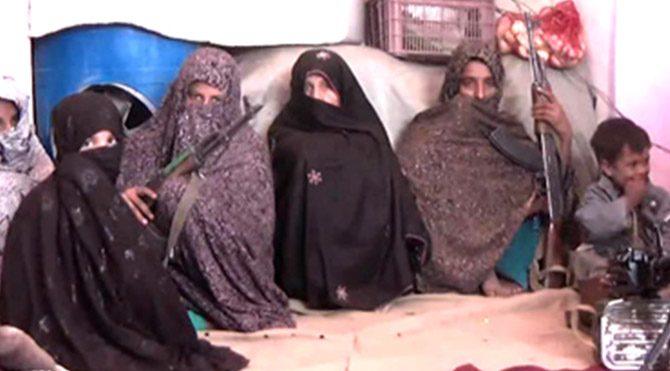 Afgan anne 25 Taliban militanını öldürdü