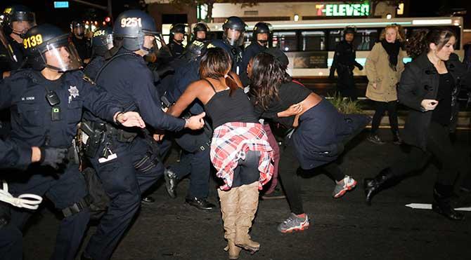 ABD'de polis tarafından her hafta iki siyahi öldürülüyor