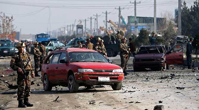 Kabil'deki İngiliz Büyükelçiliği aracına intihar saldırısı