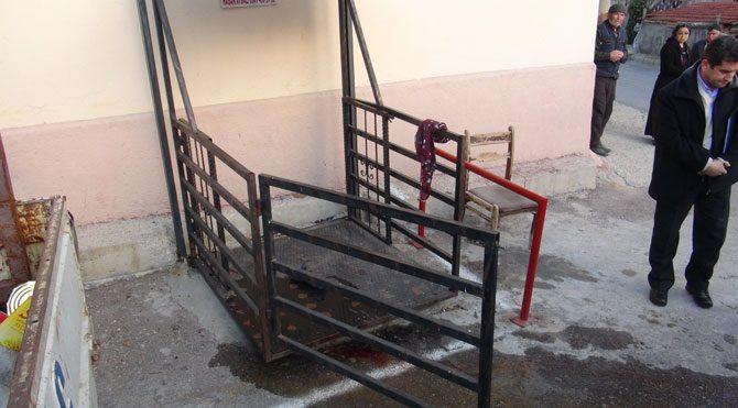 Uşak'ta asansör kazası: 1 ölü