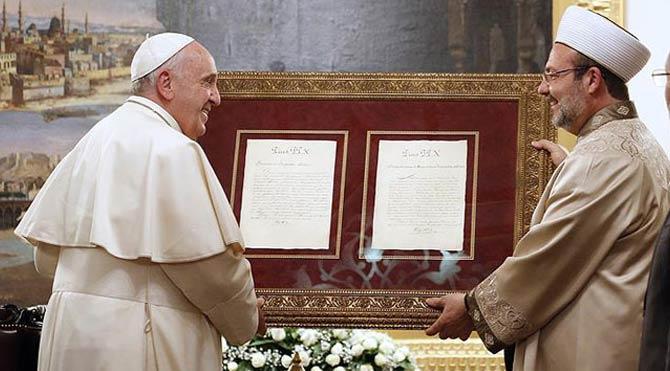 Mehmet Görmez'den Papa'ya tarihi mektup!