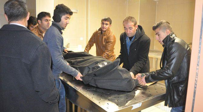 Sınırı geçen 3 kişiden biri donarak öldü!