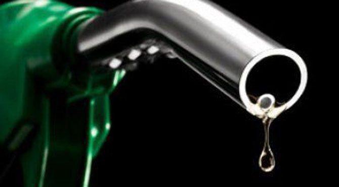 İndirim yetmez benzin 3.3 motorin 2.9 liraya satılmalı