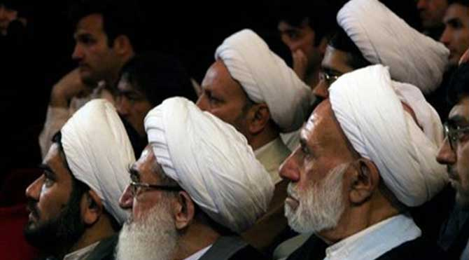 İranlı din adamları İsrail'i kınadı