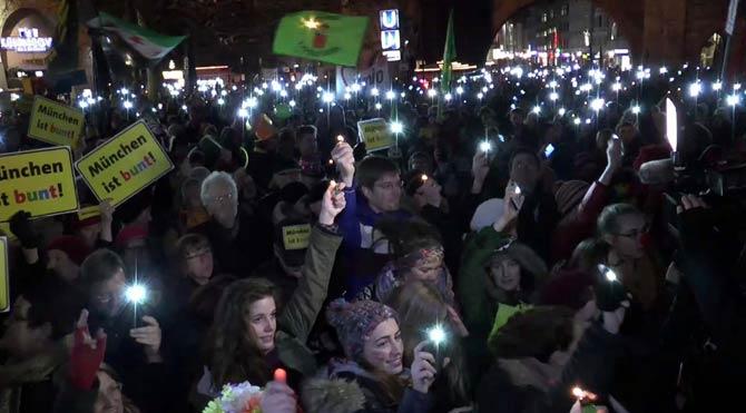 Münih'te PEGİDA protestosu