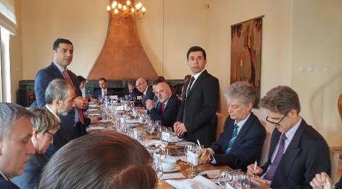 Demirtaş, AB büyükelçileriyle görüştü