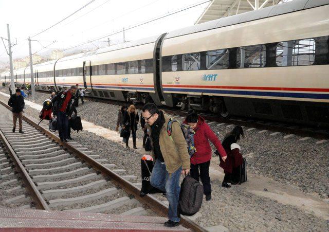 Nedeniyle ankara istanbul karşılıklı yüksek hızlı tren
