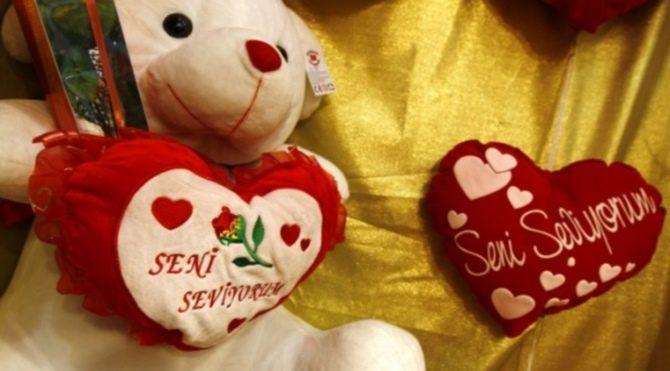 Romantik, SMS'lik Sevgililer Günü Mesajları