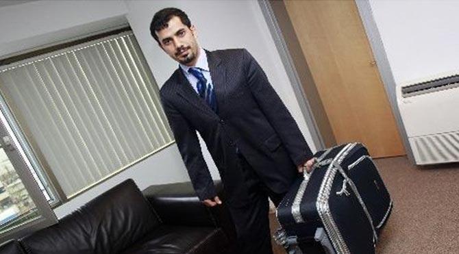 Mehmet Baransu'nun evine 'bavul' baskını!