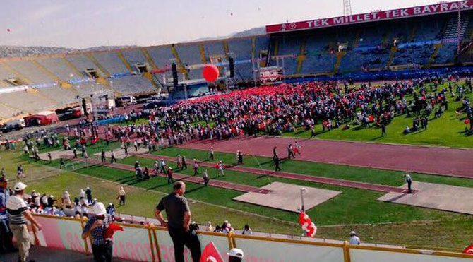 Erdoğan'ın İzmir mitingi ilgi görmedi