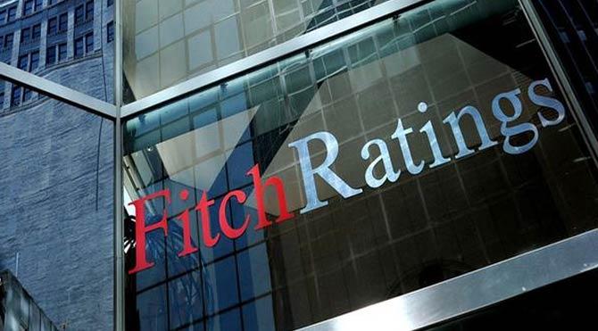 Fitch'ten bankacılık uyarısı