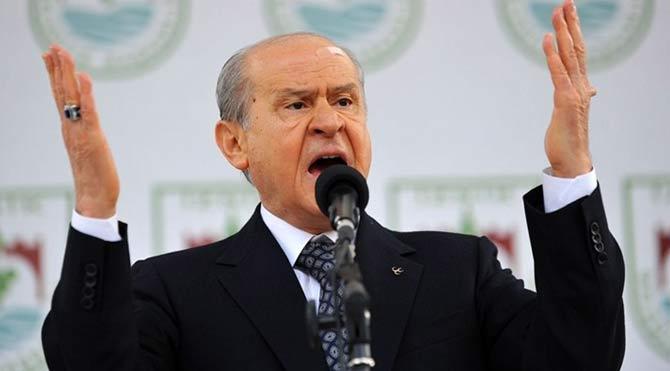 Milliyetçi Hareket Partisi Genel Başkanı Devlet Bahçeli, gündeme dair bomba açıklamalar yaptı.