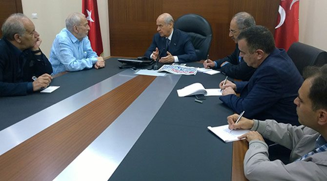 CHP'ye 'hayır', AKP'ye şartlı 'evet'