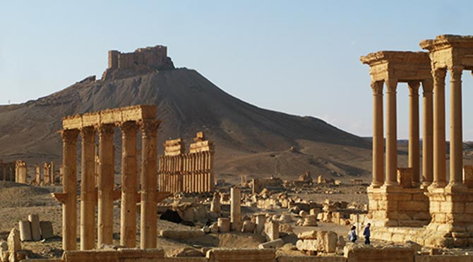 IŞİD antik kent Palmira'ya mayın döşedi