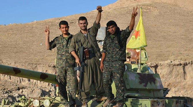 YPG, askeri üs ele geçirdi