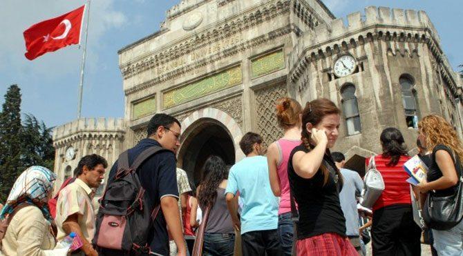 Üniversite öğrencilerine 2 bin lira burs
