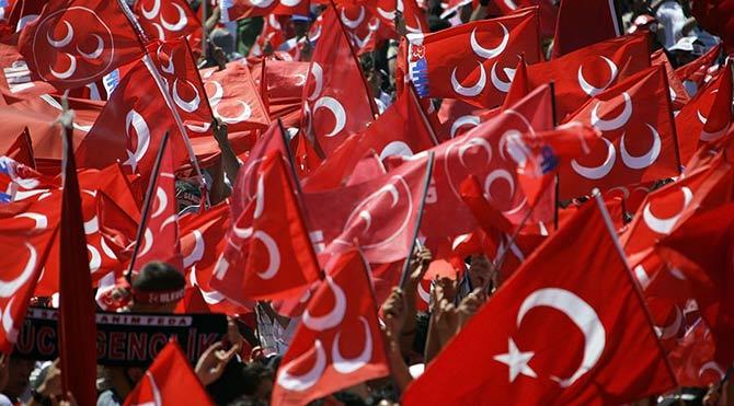 MHP'den AKP koalisyonu için büyük geri adım