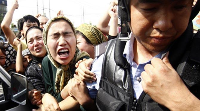 Doğu Türkistan'da Uygur katliamı: 18 ölü