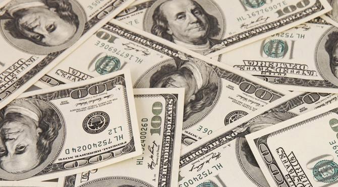 Komşudaki kriz doları ateşledi
