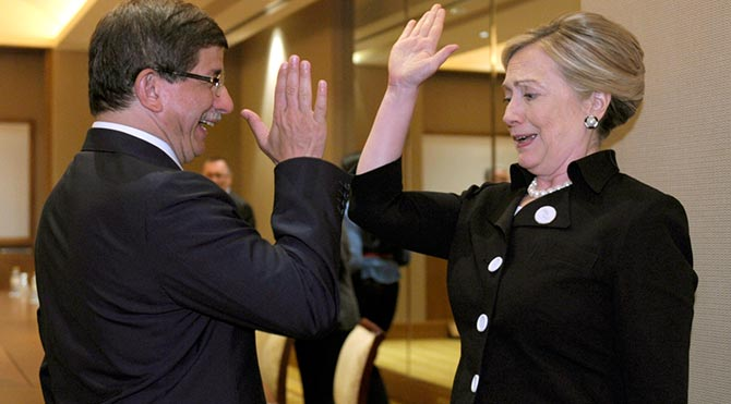 Hillary Clinton, Davutoğlu'ndan 'Davu' diye bahsetmiş