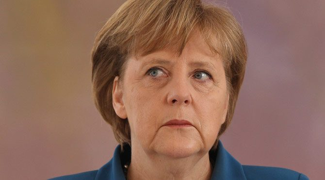 Merkel'den kritik açıklama