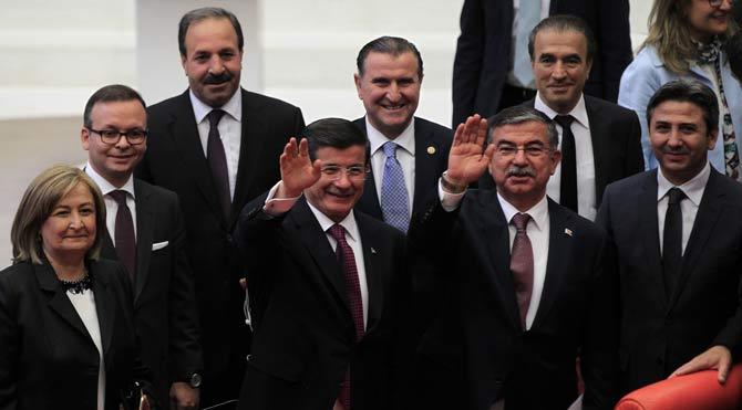Erdoğan istedi muhalefetin önü kesildi