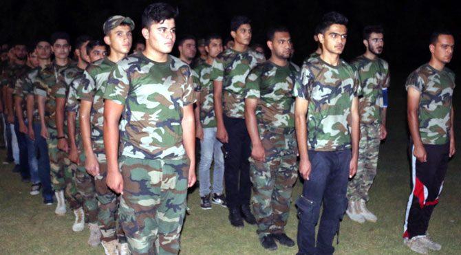 Şii Türkmen öğrenciler IŞİD'le savaşa hazırlanıyor