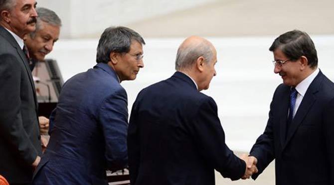 AKP'den MHP'ye: İletişimde kalalım!