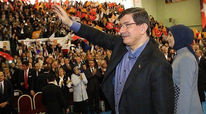 AKP'de kongre sesleri