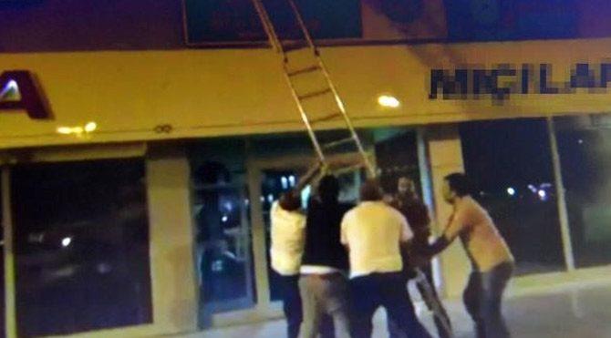 Polisler kumarhaneye böyle baskın yaptı