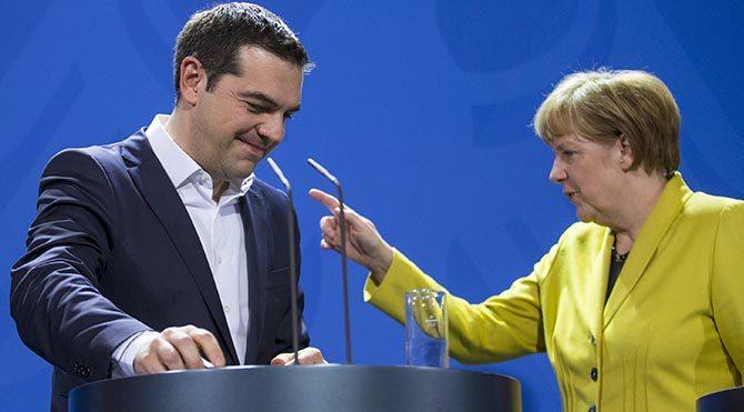 Çipras ile Merkel görüştü