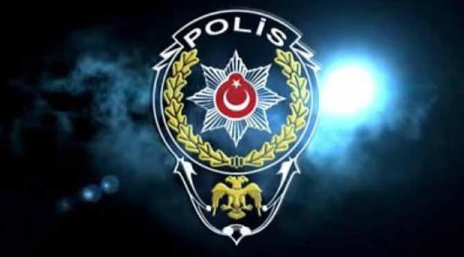 Hükümeti aşağılayan polise ihraç
