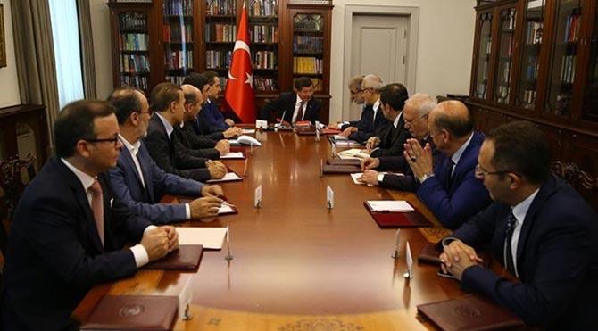 AKP, CHP'nin kapısını çalmaya hazırlanıyor