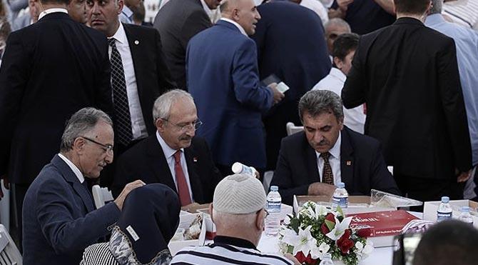 Kılıçdaroğlu Küçükçekmece'de iftara katıldı