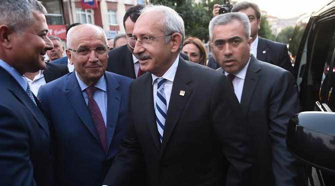 Kılıçdaroğlu Çankaya'da iftarda