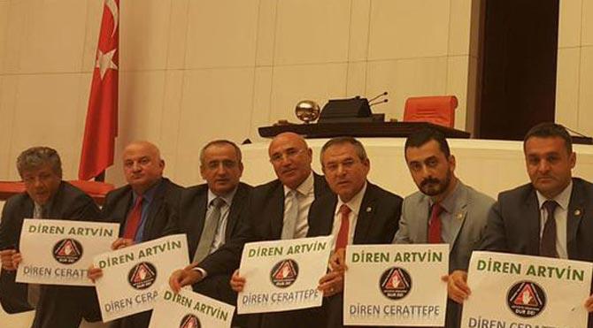 CHP'li Bayraktutan'dan Cerattepe eylemi!