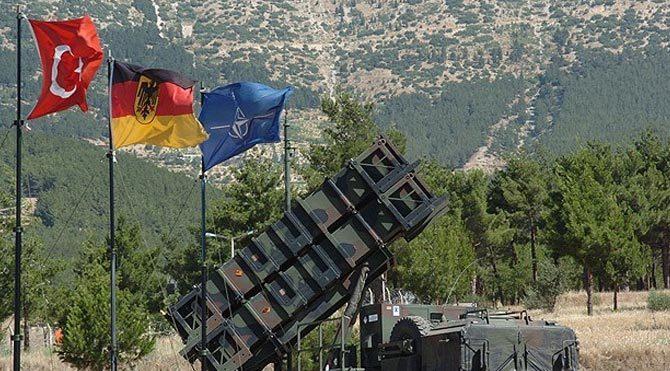 Sınırdaki Alman Patriotları için şok iddia!