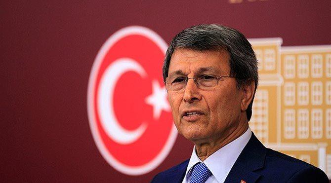 Yusuf Halaçoğlu görevinden alındı