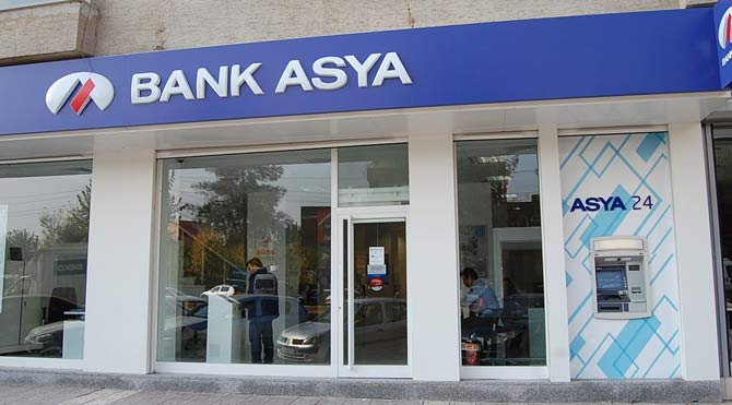 Bank Asya'dan dev zarar