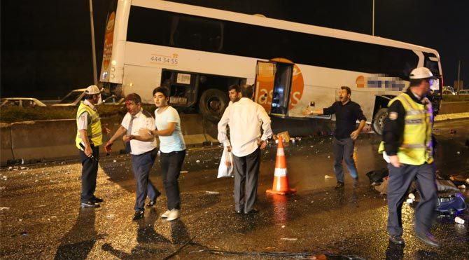 TEM'de otobüs faciası: 6 ölü