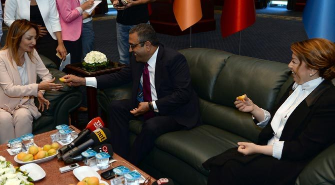 CHP'den AKP'ye bayram ziyareti