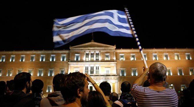 Yunanistan borcunu ödedi!