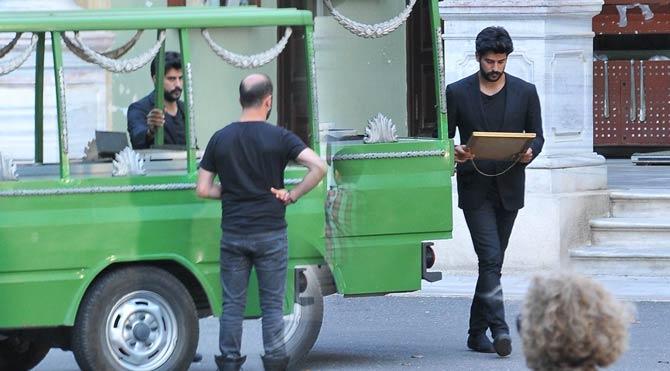 Burak ve Murat cenazede